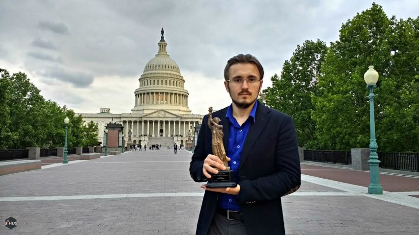 Denys Bihus with NED's 2017 Democracy Award.